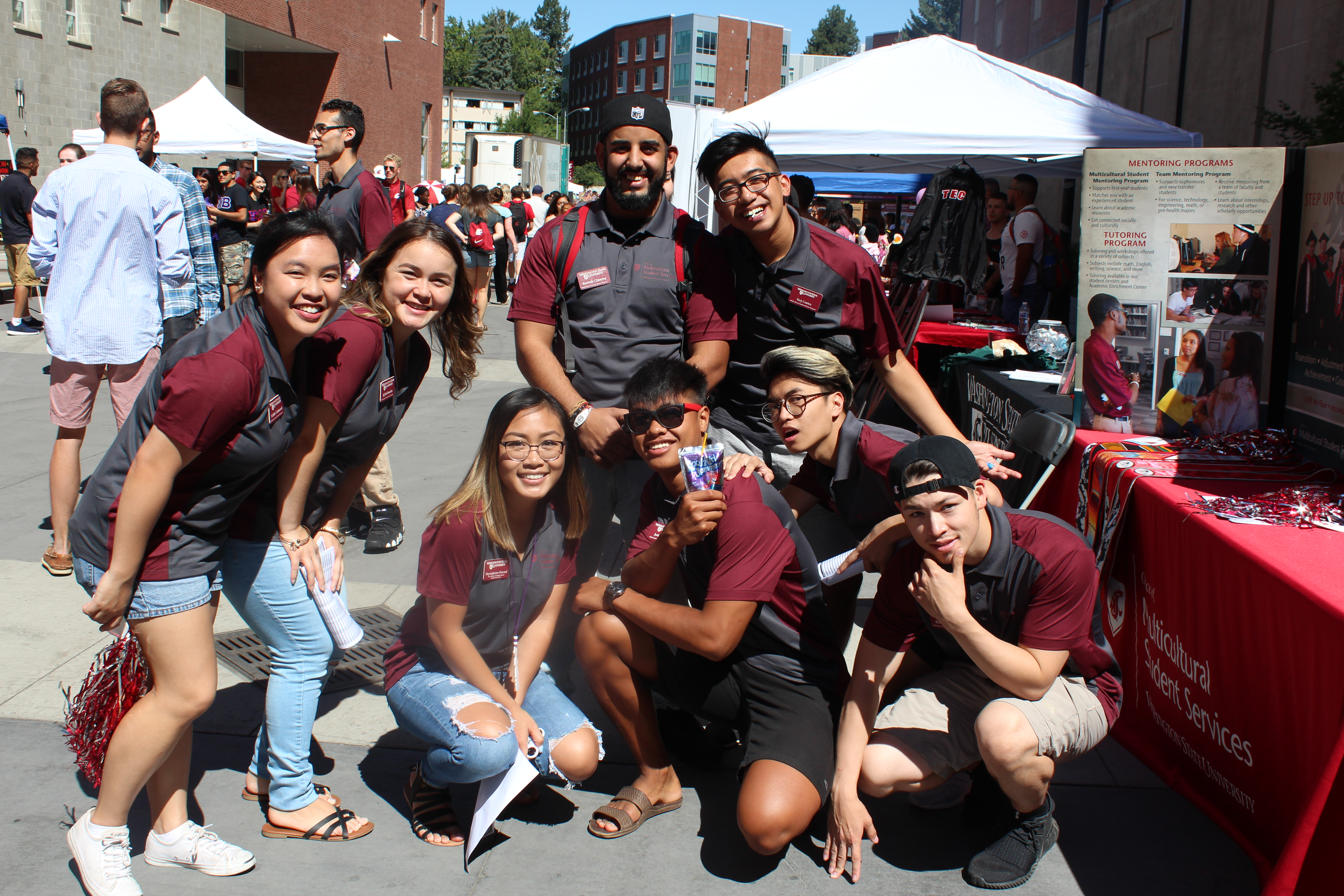 Multicultural Student Mentors at the WSU All-Campus Picnic